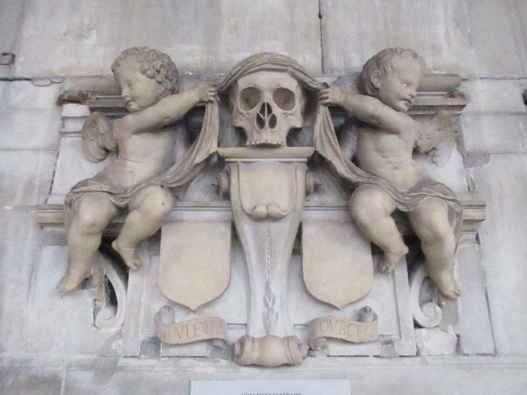 monument-funerairesite